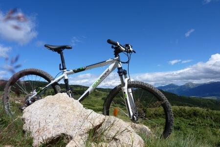 laughing-waters-farm-mountain-biking
